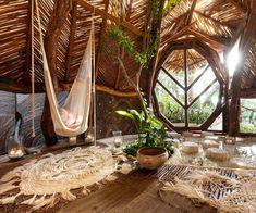 Beautiful Tree Houses, Cool Tree Houses, Tree House Interior, Earthship Home, Jungle House, Tree House Designs, Bamboo House, House Goals, My Dream Home