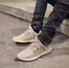 Adidas Yeezy Boost 350 Oxford Tan the best gym motivation Mode Streetwear, Streetwear Fashion, Streetwear Clothing, Male Fashion Trends, Mens Fashion, Female Fashion, Basket Originale, Outfits With Hats, Fresh Outfits