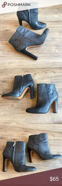 """Coach Hanni Women Gray Ankle Boot Preowned Coach Hanni Women Gray Ankle Boot  Size 6.5 Small marks on the shoes - no major flaws. Heels in good condition. Size zipper works fine.  Heel height: 4.25""""  Thanks for stopping by my store! I make every effort to describe my items in detail, specifically any flaws or issues with my items along with any measurements to ensure proper fit with clothing. Please ask questions before purchasing. I ship my items quickly and properly. Coach Shoes Ankle…"""