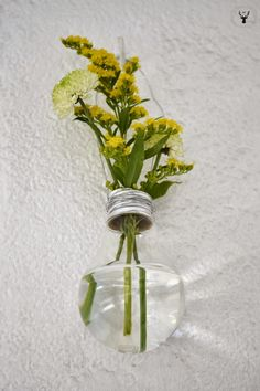 Entre núvols de cotó: #DECOPEDIA3 // DIY Reciclant bombetes per a la primavera \ DIY reciclando bombillas para la primavera