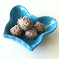 My 1 year old is obsessed with this snack: quinoa, chèvre (soft, plain goat cheese), tahini spread, raw apple, cocoa, and just a splash of pure maple syrup. Mix in a bowl, roll into bite size balls, put on parchment paper in covered container in fridge to chill.