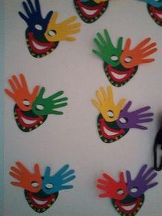 Maestra Caterina: Carnevale Informationen zu Maestra Caterina: Carnevale Pin S… - Fasching Basteln Kids Crafts, Clown Crafts, Carnival Crafts, Preschool Crafts, Diy And Crafts, Arts And Crafts, Paper Crafts, Carnival Signs, Carnival Tent