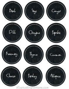 Free printable spice labels (chalkboard effect)