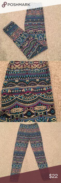 Super Soft Tribal Pattern Leggings Super soft like Lularoe! One Size leggings. Worn maybe 2x. Like new. Pants Leggings