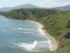 1. Haiti has very nice landscape of coastal plains but as you move inland the island becomes mountainous. The waterfalls, forests and beautiful panoramas are good reasons to venture inland.