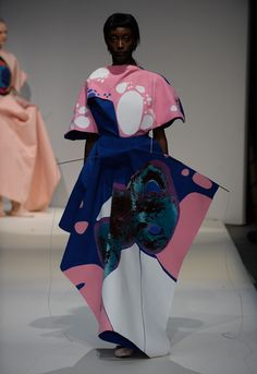 ap-fashionmemories:  Runway - Catherine Wang & Camila Lopes - London College of Fashion____Arthur and Puff are everywhere …Facebook   Stampsy   Tumblr   Soundcloud   Pinterest   Instagram