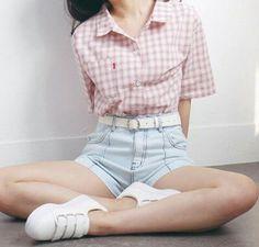 I love the shorts Girly Outfits, Cute Casual Outfits, New Outfits, Stylish Outfits, Fashion Outfits, Cute Fashion, Asian Fashion, Style Japonais, Ulzzang Fashion