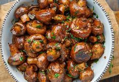 Skillet singed Garlic Mushrooms are a staple side in any café, bistro, bar or steakhouse, and an immense most loved in homes everywhere th. Garlic Mushrooms, Stuffed Mushrooms, Stuffed Peppers, Vegetarian Recipes, Cooking Recipes, Healthy Recipes, Good Food, Yummy Food, Turkish Recipes