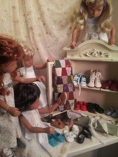 Sashas shoe cabinet