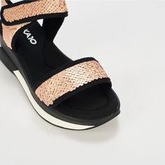 Ref: Agora 04 - Rose Sporty Chic, Pool Slides, Slip On, Sandals, Rose, Fashion, Latest Trends, Backpacks, Slippers