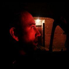 En el Eléctricos Asesinos movil...conduce el capo de la mafia...lean...rumbo al ensayo