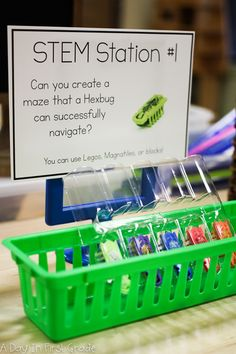 STEM Challenge: Can you create a maze that a Hexbug can successfully navigate? Kindergarten Science Activities, Kindergarten Stem, Steam Activities, Preschool, Math Stem, Stem Science, Mad Science, Stem Skills, Labyrinth