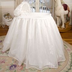 Click Image Above To Purchase: Bambini Bassinet With Linens