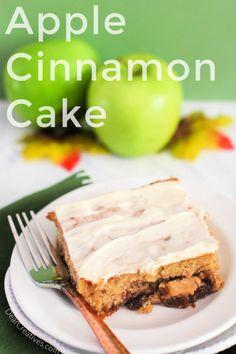 Apple Cinnamon Cake - Delicious Bite After Bite! Cinnamon Cake Recipes, Apple Cinnamon Cake, Easy Apple Cake, Cinnamon Butter, Cake Mix Recipes, Cinnamon Apples, Apple Desserts, Apple Recipes, Baking Recipes