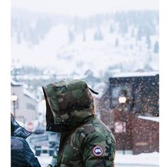 From breaking news and entertainment to sports and politics, get the full story with all the live commentary. Winter Parka, Bradley Mountain, Canada Goose, Street Style, Backpacks, Fashion Trends, Bags, Handbags, Urban Style