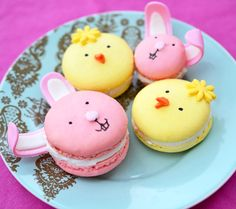 OMG. Bunny + chick macarons for Easter. So cute! (via http://duhlicious.com)