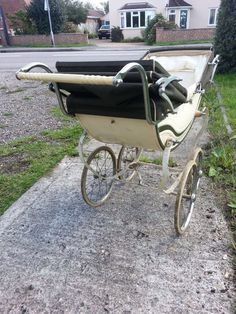 . Twin Pram, Vintage Pram, Prams And Pushchairs, Dolls Prams, Baby Prams, Wheelbarrow, Bobs, Baby Strollers, Restoration