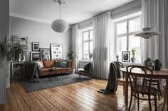 Living in an apartment, or in an older home with tiny rooms, can present a challenge: how to make your limited space seem larger. Try these 80 Stunning Modern Apartment Living Room Decor Ideas And Remodel. Home Tumblr, Living Room Designs, Living Room Decor, Living Room Ideas Old House, Living Room Wooden Floor, Living Room With Grey Walls, Living Area, Nordic Living Room, House Ideas
