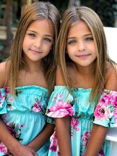 Sorelle per sempre  Che belle che siamo Si o no ?  Sei bellissima sorellina mia Greta +Desy Due cuori non si staccano mai se si voglio bene