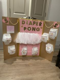 Pink and Gold Diaper Pong – Baby shower games – Pink und Gold Windel Pong – Babyparty Spiele – Comida Para Baby Shower, Regalo Baby Shower, Idee Baby Shower, Cute Baby Shower Ideas, Unicorn Baby Shower, Baby Girl Shower Themes, Fun Baby Shower Games, Girl Baby Shower Decorations, Baby Shower Activities