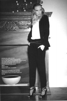 Lusso Magazine, December 2011