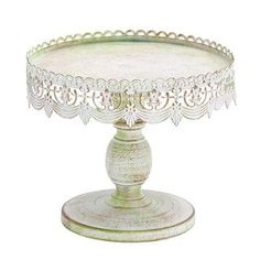Traditional Lace-look Cake Stand