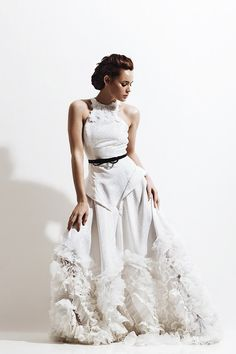 Ladylike wedding dress with belt and ruffles | Colección Inspired SS16 - Ofelia Otello