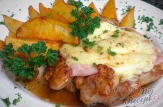 Chicken strips s bramborovou kaší Meat Recipes, Chicken Recipes, Chicken Strips, Hungarian Recipes, Ham, Mashed Potatoes, Food To Make, Sausage, Bacon