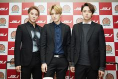 So handsome ^^ 141119 2014 JYJ Japan Dome Tour Press Conference