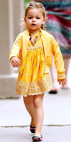 Like mother, like daughter! Tabitha must be taking style cues from mom Sarah Jessica Parker when it comes to experimenting with color. Here, the mini fashionista wears head-to-toe yellow accented with pink-and-black ballet flats while hanging out in N.Y.C. on May 16.