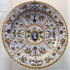 Category:Urbino maiolica - Wikimedia Commons
