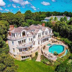 Une résidence qui en jette | luxe, vacances, villas de luxe. Plus de nouveautés sur http://www.bocadolobo.com/en/inspiration-and-ideas/