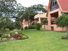 3 bedroom Townhouse to rent in Hibberdene for R 550 Per Day with web reference 103267933 - Proprop Hibiscus Coast