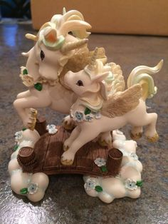 "Hamilton Collection ""Rainbow Dreams Lessons in Magic Unicorns Set of 10 | eBay"