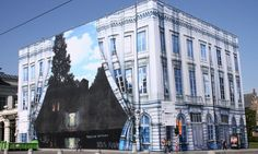 The Rene Magritte museum in Belgium, I'd really love to see it someday Rene Magritte, Artist Magritte, 3d Street Art, Art Optical, Optical Illusions, Banksy, Empire, New Museum, Graffiti