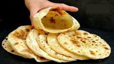 Vezmite len vodu, múku a 1 ďalšiu prísadu (žiadne droždie): Pár minút a máte najlepšiu náhradu chlebíka – na plnenie aj ako príloha! Bread Recipes, Baking Recipes, No Carb Bread, Bulgarian Recipes, Savoury Baking, India Food, Street Food, Love Food, Vegetarian Recipes
