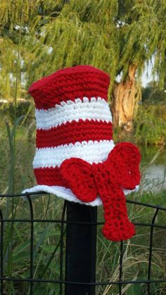 Crochet Cat in the Hat Inspired Photo Prop
