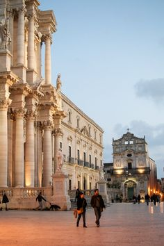 Piazza Duomo, Syracuse, Sicily | Igor of Happy Interior Blog