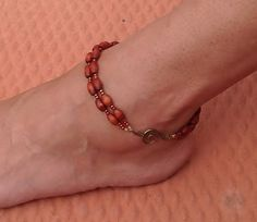 Your place to buy and sell all things handmade Ankle Jewelry, Ankle Bracelets, Body Jewelry, Jewelry Bracelets, Bracelet Patterns, Anklets, Antique Gold, Seed Beads, Beaded Jewelry