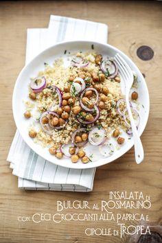 insalata di bulgur al rosmarino, con ceci croccanti alla paprika e cipolle di Tropea, by Vanigliacooking