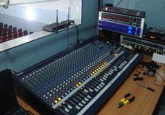 Cheiro de Música Instrumentos Musicais e Áudio Profissional