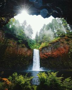Beautiful Nature Pictures, Beautiful World, Most Beautiful, Beautiful Places, Amazing Places, Lets Run Away Together, State Of Oregon, Fantasy Places, Pacific Northwest