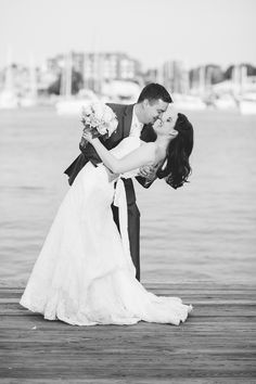 Totally loving this Annapolis wedding by Natalie Franke!