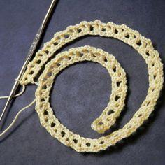 Row 1 of the crochet rose