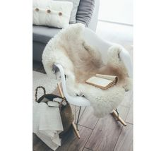 Zanders and Sons — Sheepskin white/ivory £54.00 with a FREE UK delivery