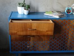 Metamorfoza komody Retro Basset z lat 60 - tych - Rub & Paint Retro, Filing Cabinet, Nightstand, Storage, Table, Painting, Furniture, Vintage, Home Decor