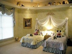Great room for a pair of Princesses who love Disney (or one little girl who has an extra bed for lots of sleepovers). Love the Princess canopy, and the lighted ledge.