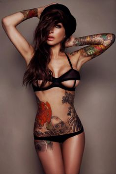 I usually pin something here because i like the tattoo, i'm pinning this one because i like Her.