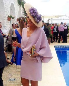 Resultado de imagen para vestidos de fiesta cruzados en color violeta o lila largos