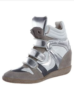 Sneaker wedges a must have!